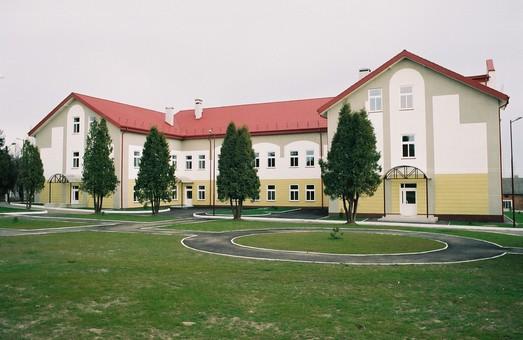 Польська школа у Мостиськах отримала 54 тис гривень від Польщі