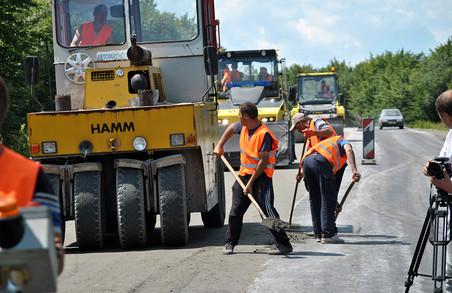 Ремонт дороги Східниця – Пісочна обіцяють завершити до кінця вересня