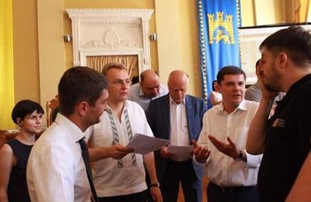 Львівський депутат пояснив, чому не голосував за звіт Садового
