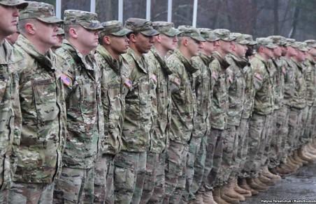 Шестеро американських військових можуть отримати військов медалі за мужність при порятунку львів'ян