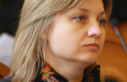 Депутатка від Садового заробляє менше, а тримає вдома готівкою більше