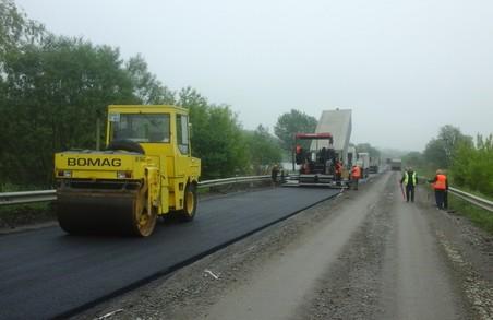 На Львівщині уже відремонтували понад 270 км доріг