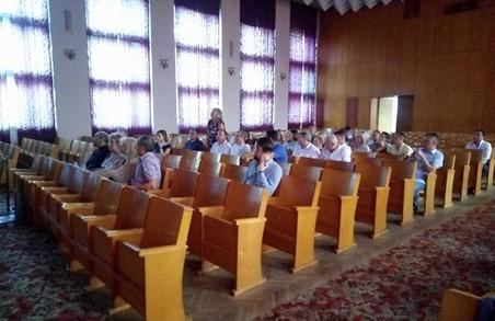Львів'яни вирішують бути чи не бути церкві в парку біля Левицького та Пекарської