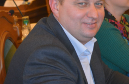 Депутат від Садового зберігає більше трьох мільйонів готівкою