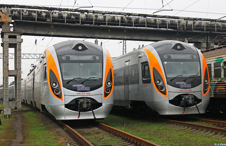 З 24 серпня через Львів проходитиме ще 2 поїзди Інтерсіті + на Перемишль