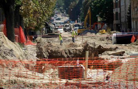 Попри обіцянки ремонт Личаківської затягнеться аж до наступного року (ФОТО)