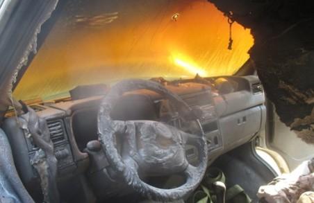 На Стрийщині горіло авто - постраждав чоловік