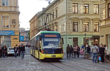 Наступного року Львовом курсуватимуть 40 нових тролейбусів