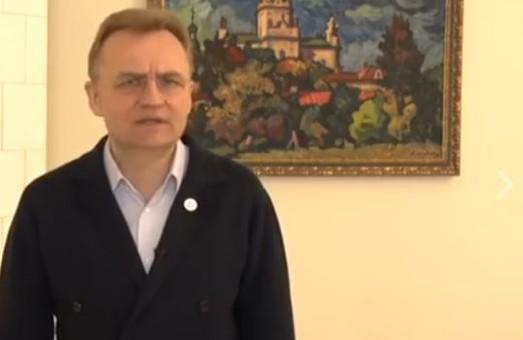 У Садового образились на NewsONE за статтю про його арешт