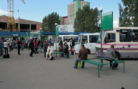 Вже три приміські львівські автостанції лишилися без атестації