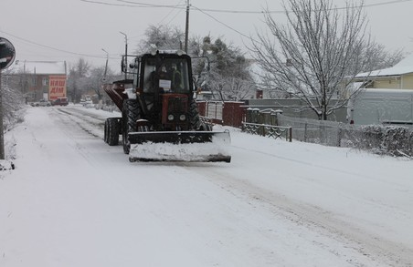 На Львівщині через опади обмежили рух транспорту