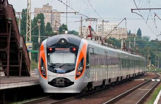 До Одеси на Новий рік: Укрзалізниця проанонсувала додаткові потяги