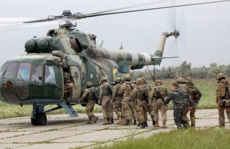 Андрій Садовий надав військовослужбовцям матеріальну допомогу
