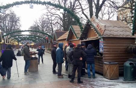 У Львові загорівся павільйон на ярмарку