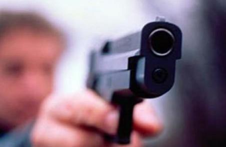 Отримав з травмату: працівник соцслужби підстрелив агресивного батька дитини