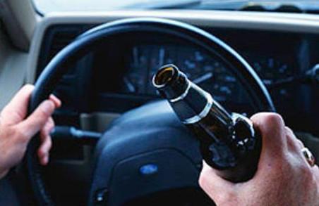Небезпека на дорогах: понад 3000 водіїв Львова сіли за кермо напідпитку