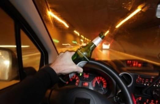 На Львівщині спіймали горе-водія: втікав, як міг