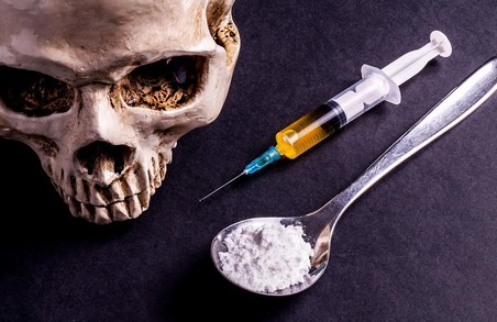У Львові вдалося виявити злочинне угрупування, члени якого збували наркотики