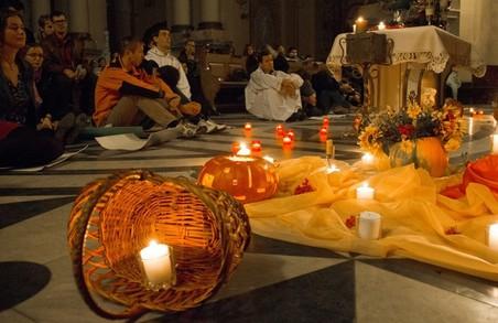 Відчути невимушеність: у Львові пройде молитва Тезе (деталі та локація)