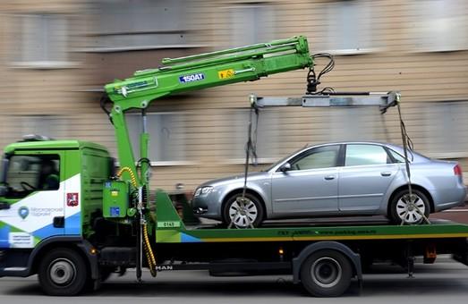 Евакуація авто та штрафи: у Львові підбили підсумок першого тижня