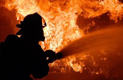 Сміття горіло: в одному з будинків спалахнув підвал