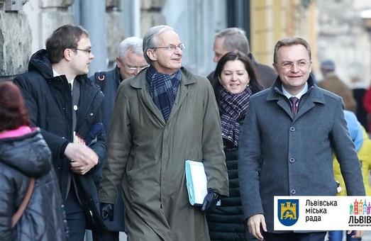 До Львова з діловим візитом навідались представники ЄС