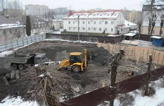 Суд визнав незаконним продаж ділянки на місці колишнього гетто у Львові