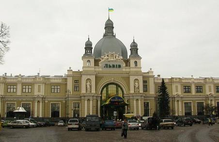 Депутати Турківщини просять Садового відновити автобусну зупинку на площі Двірцева