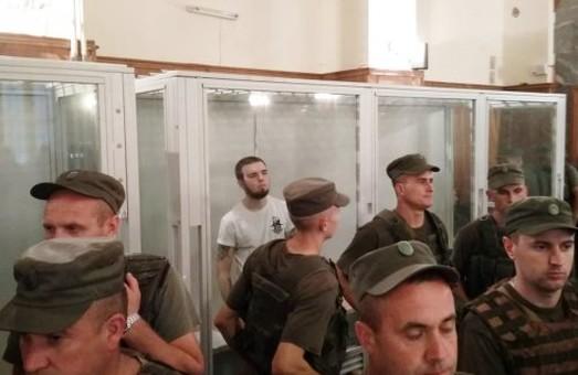 У Львові відпустили з-під варти хлопця, який вдарив ножем поліцейського