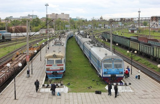 Львівська залізниця змінила розклад руху деяких поїздів