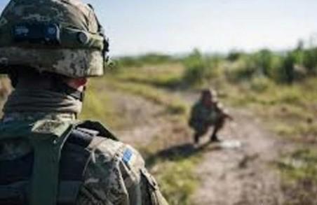 На Яворівському полігоні резервіст вистрелив у 21-річного військового