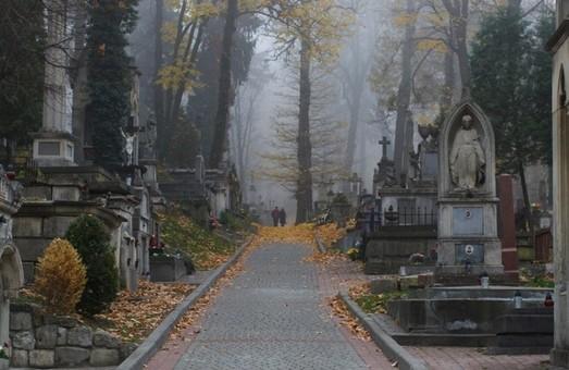 У Львові затримали 4 осіб, причетних до провокацій навколо польських військових поховань