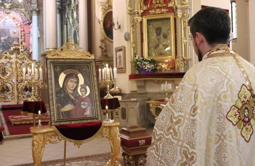 До Львова привезли копію Чудотворної ікони