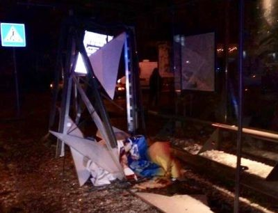 У Львові розшукують водія, який насмерть збив молоду дівчину на трамвайній зупинці