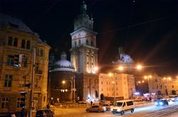 Вечірній Львів напередодні Різдва