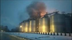 """Біля Львова горить завод """"Майоли"""""""