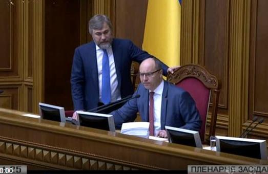 «Відійди від мене, нечисть!», - спікер парламенту до опоблоківця Новинського під час голосування законопроекту про перехід релігійних громад