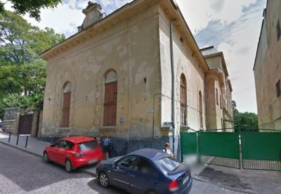 Міська рада підтримала петицію львів'ян проти виселення сиріт із приміщення на Короленка