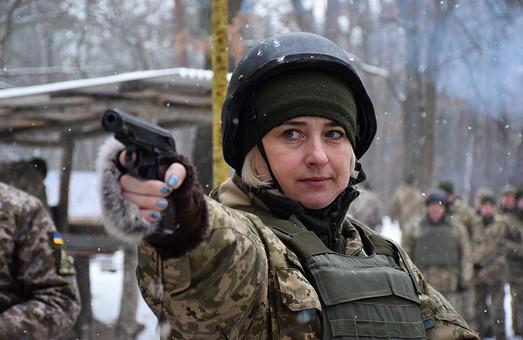 Офіцери Повітряних Сил вправлялись у стрільбі з табельної зброї (ФОТО)