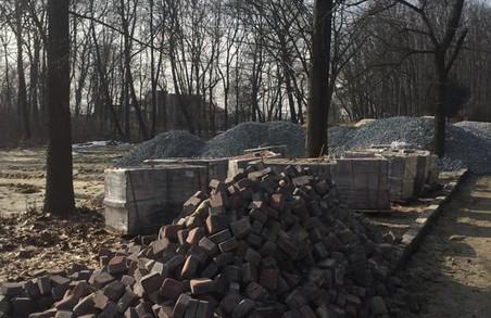 На території парку «Знесіння» знову розпочалася забудова
