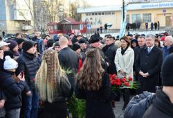 Порошенко у Червогограді вшанував пам'ять загиблих шахтарів (ФОТО)