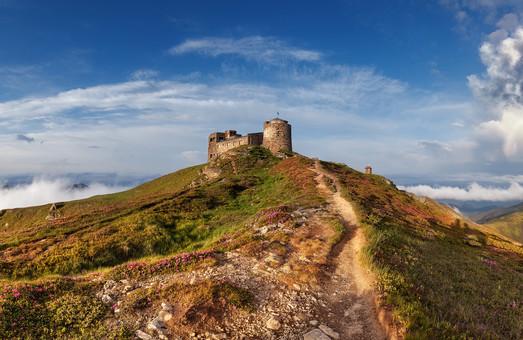 Обсерваторію на горі Піп Іван чекає реконструкція