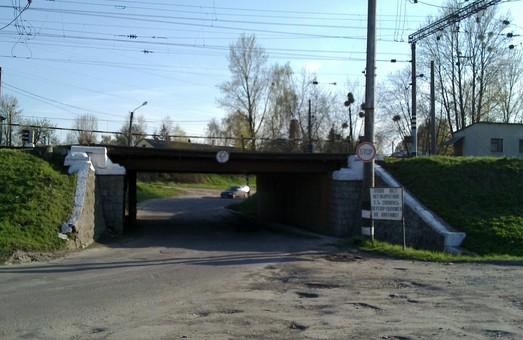 У Садового вимагають розпочати ремонт вулиці Курмановича