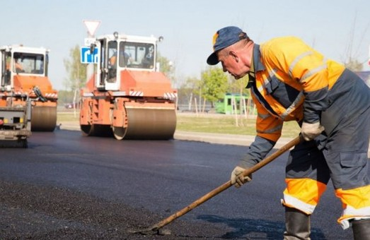 Ціна ремонту львівських доріг складає 1000000000 євро