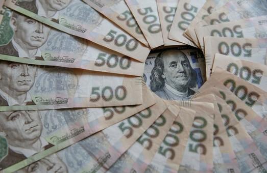 Середня зарплата на Львівщині збільшилася на 18,4% за рік.