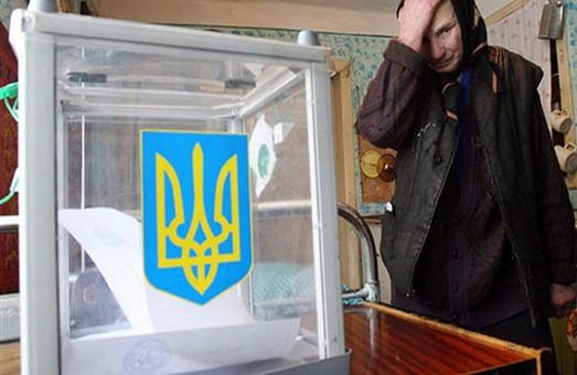 180 порваних бюлетенів, смерть на дільниці та голосування без паспорта: як пройшли вибори на Львівщині