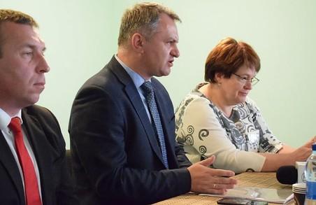 Ви нам голоси, я вам ОТГ?: Синютка маніпулює документами про створення Соснівської ОТГ і прикривається виборами