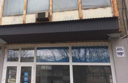 Фірма, якій Садовий віддав комплекс в центрі міста для реконструкції, продає його з 30% знижкою