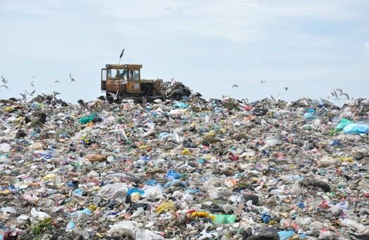 На Львівщині виявили ще три незаконних сміттєзвалища