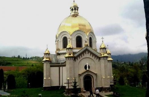 Комісія ЛОДА позивається до суду через нищення церкви у Славському